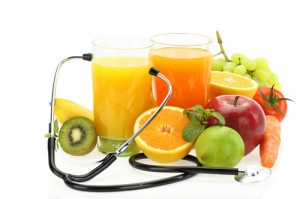 photodune-3132682-healthy-eating-fruits-vegetables-juice-and-stethoscope-xs